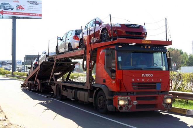 Импортные поставки в Россию сокращаются