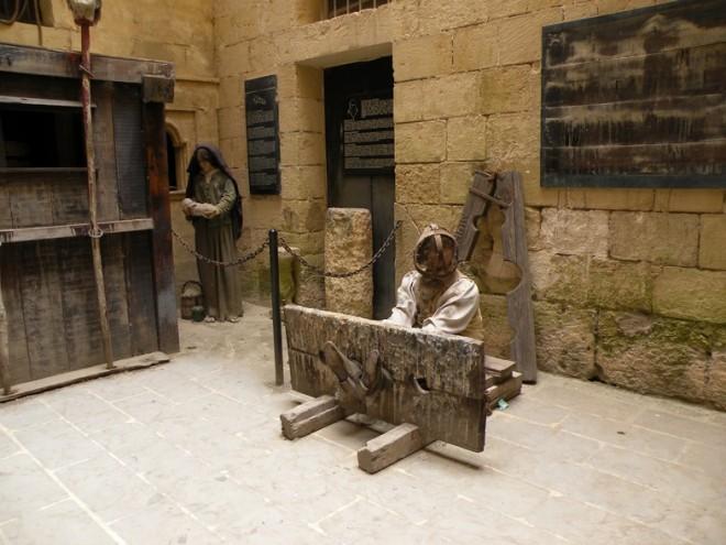http://pro100news.info/wp-content/uploads/Музей-пыток-на-Мальте.-660x495.jpg