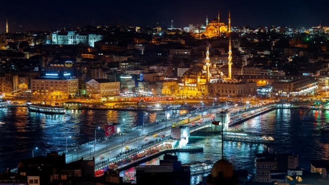 Ночной Стамбул прекрасен