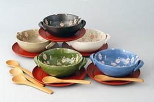 Чтобы похудеть, надо выбирать цветные тарелки