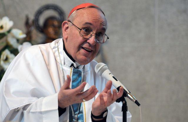 Накануне встрече с журналистами Папа дал первую аудиенцию кардиналам.