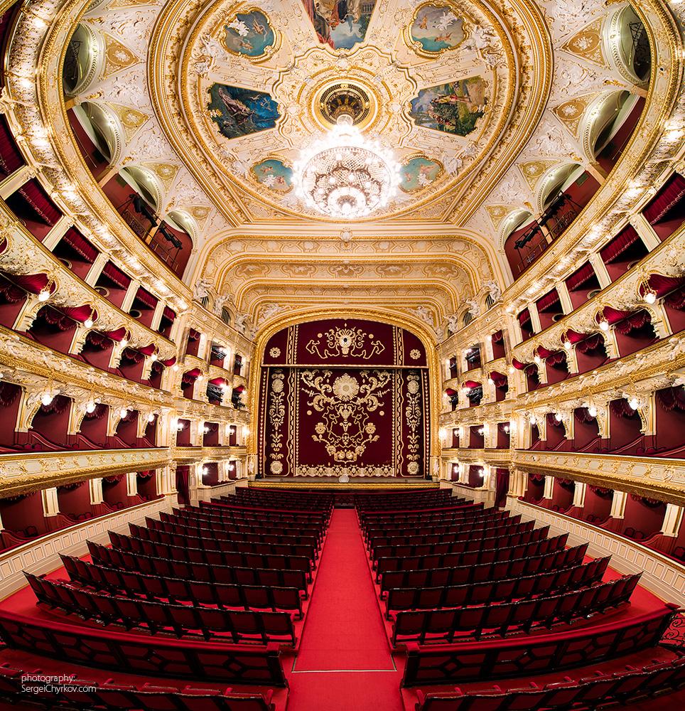 фото гранд-опера