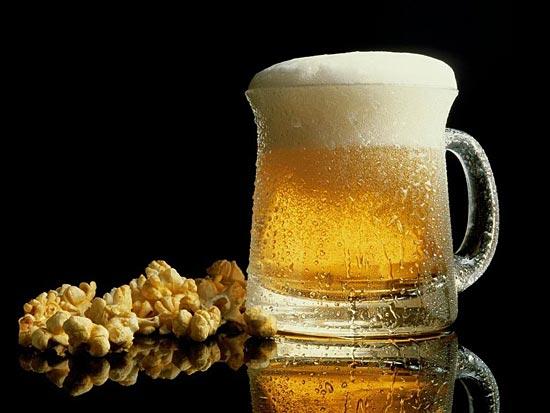 Сколько нужно работать, чтобы купить кружку пива.
