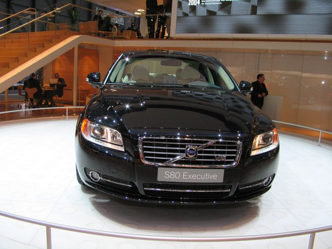 Новые седаны Volvo будут хранить энергию в кузове и на крыше.