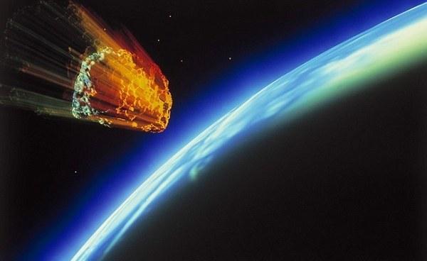 В сентябре мимо нас пролетит гигантский астероид, а в октябре упадет 5-метровый спутник.