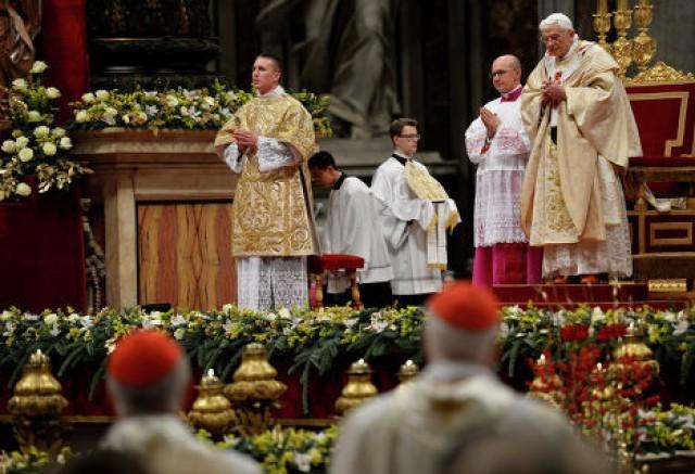 Сегодня Ватикан в последний раз услышит мессу Папы Римского