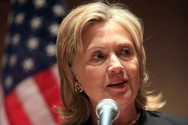 Клинтон признала свержения Каддафи непоправимой ошибкой