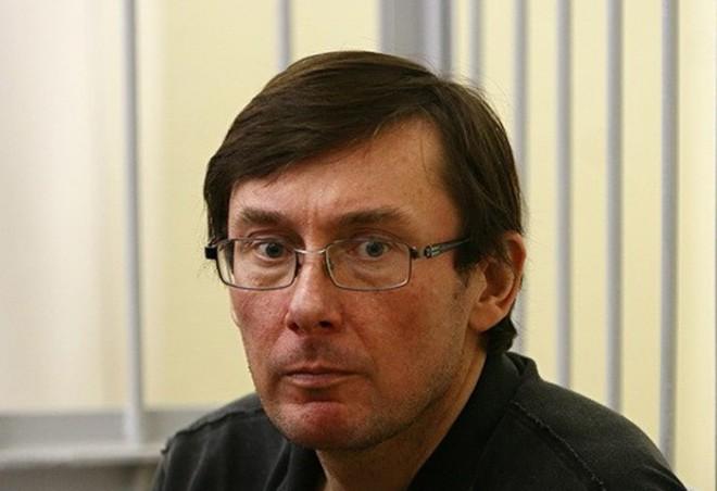 Юрий Луценко назвал себя политическим маньяком, поскольку не любит вождя