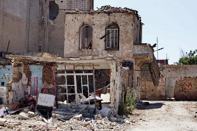 Сирийские повстанцы занимаются мародерством и осквернением святынь