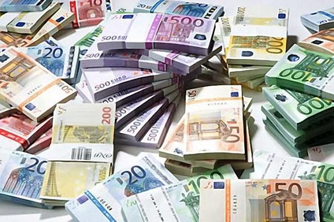 ЕБРР за двадцать лет вложила в Россию более 23 миллиардов долларов.