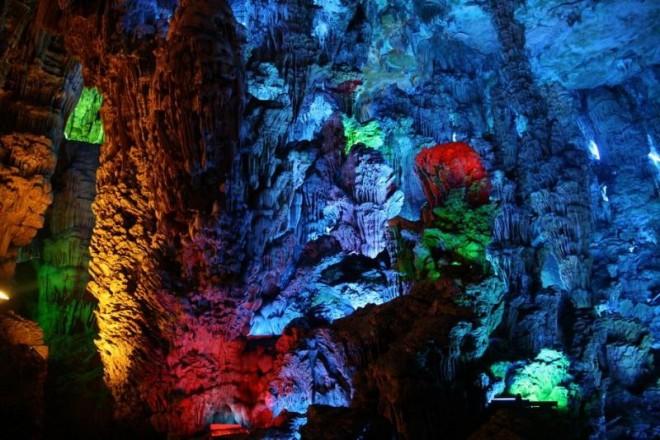 ТОП-10 самых красивых пещер