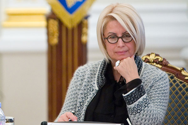 Советник президента Украины Анна Герман назвала Ирину Фарион неадекватной.