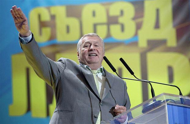 На съезде партии ЛДПР Жириновский рассказал, почему Янукович после избрания «попер» в Европу