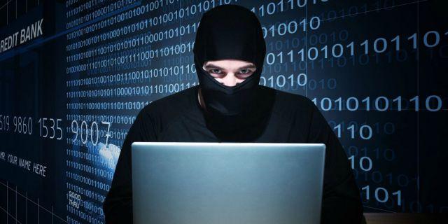 В США арестовала российского хакера, обвинив эго в краже миллионов долларов и создании нового вируса
