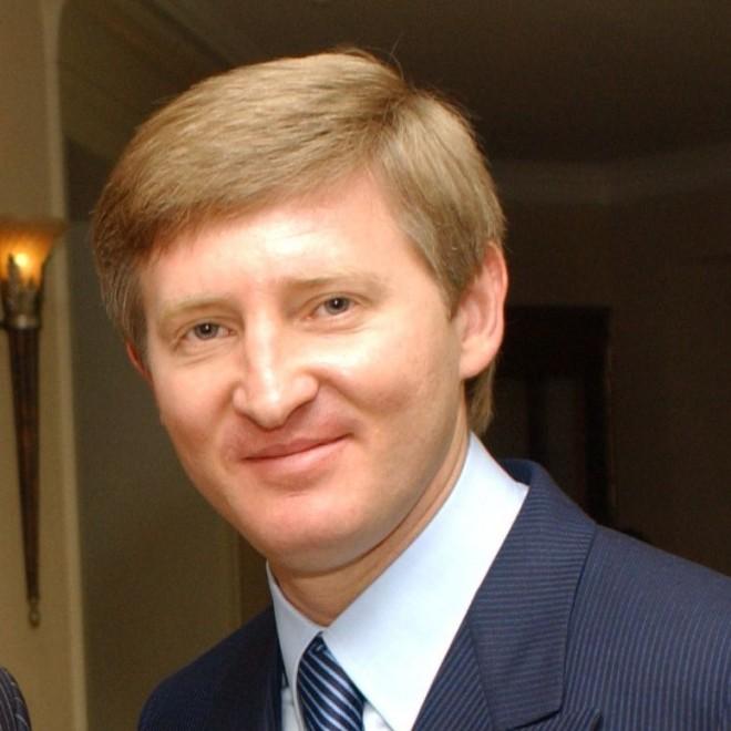В списке Bloomberg Ахметов обошел всех российских олигархов.