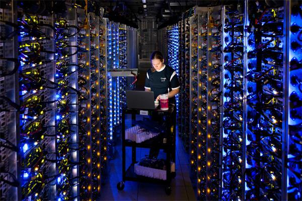 Google считает, что космос нуждается в интернете, а интернет в кнопке «Удалить».