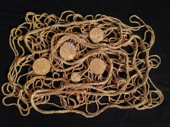 Дайверы нашли испанский клад на сумму 300 тысяч долларов