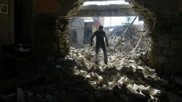 В Сирии в очереди за хлебом погибло 300 человек, а боевики начали применять химическое оружие.