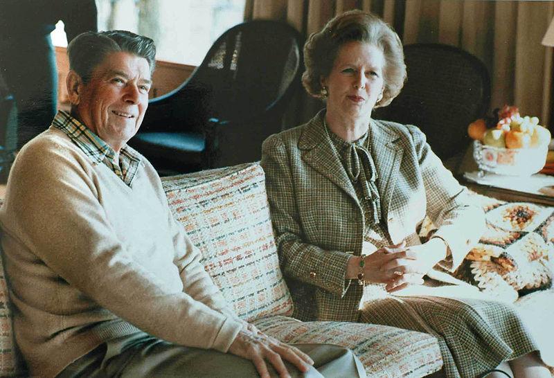 Британцы раскрыли секретные данные о русских шпионах, водке, газовых ссорах и о Брежневе