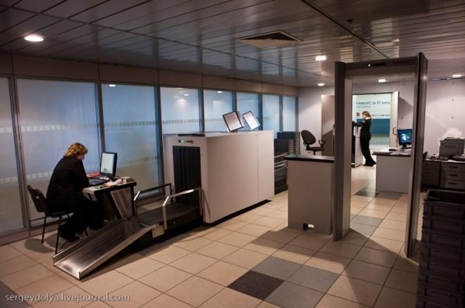 Пассажиров российских вокзалов будут досматривать как в аэропорту