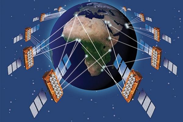 Франция получит самый скоростной интернет в мире, а Россия добавит эго в потребительскую корзину.