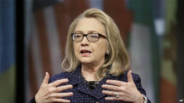 Клинтон перед уходом  предупредила Иран и раскритиковала Россию