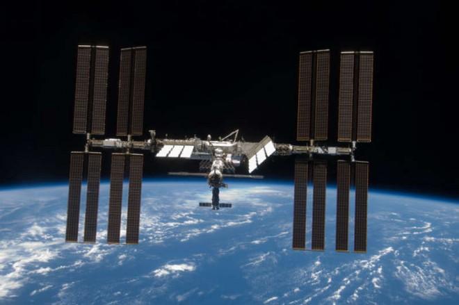 NASA два часа не могло связаться с МКС