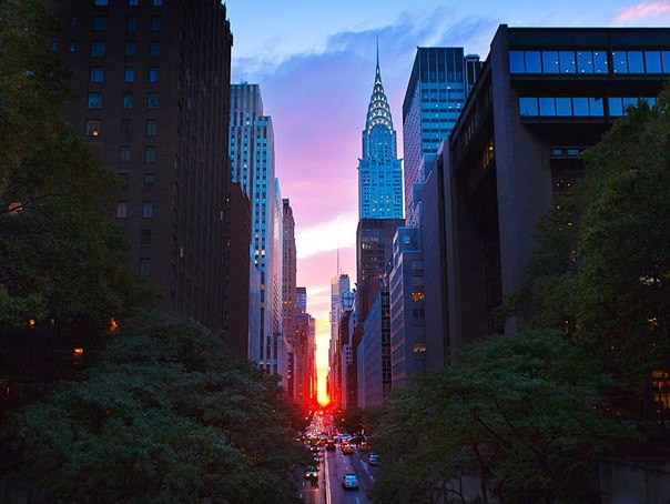 Крайслер Билдинг  самой красивый небоскрёб  Манхеттена.
