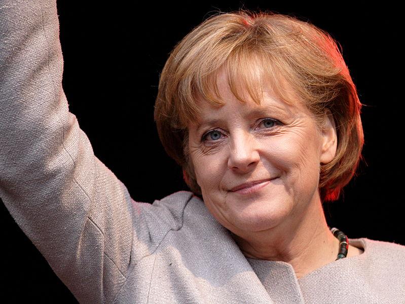 «Невинность мусульман» не пускает Меркель в Тунис.