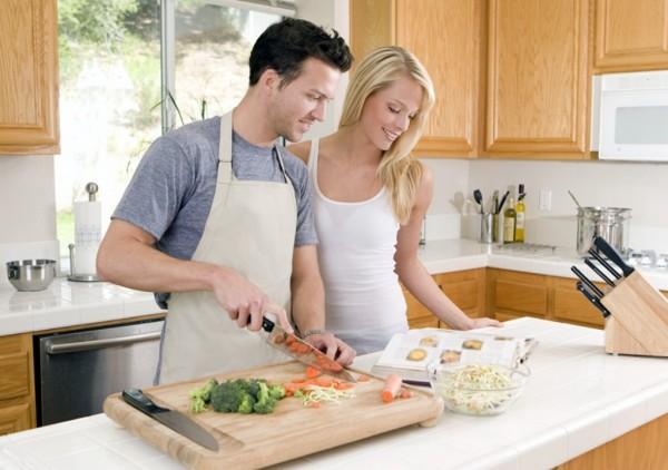 Совместная домашняя работа разрушает брак.