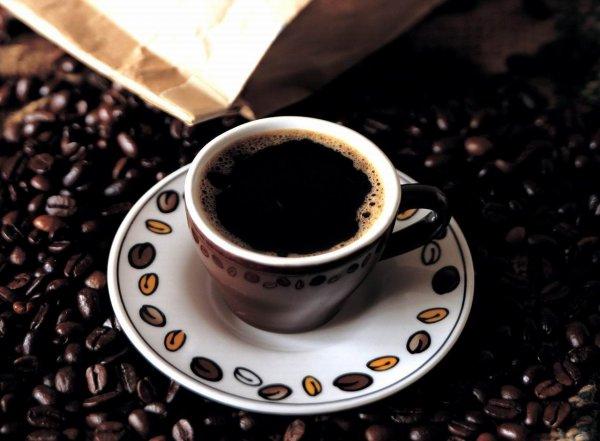 Как правильно подавать кофе.