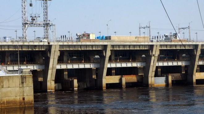 Киевское водохранилище и Каховская ГЭС переведены в режим повышенной готовности