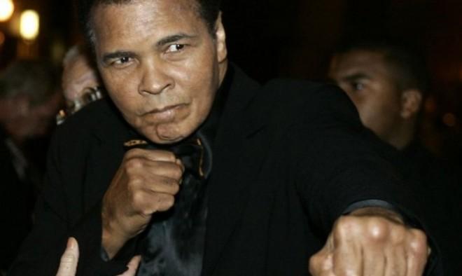 Дочь Мохаммеда Али опровергла слухи о скорой кончине легендарного боксера