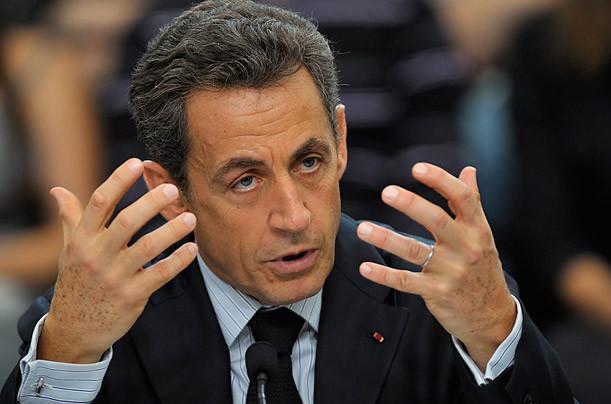 Высокие налоги Франции заставят Саркози сменить родину.