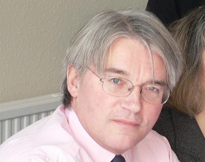 Британского министра уволили за  оскорбления полицейских