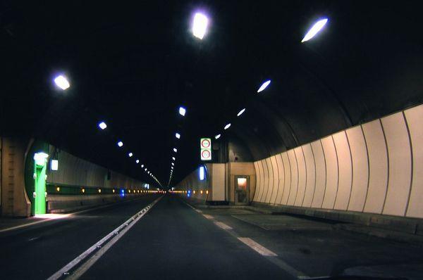 К 2015 году Киев получит семь автомобильных тоннелей и 30 новых развязок.
