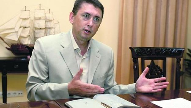 Миллиардер Порошенко против экс майора Мельниченко
