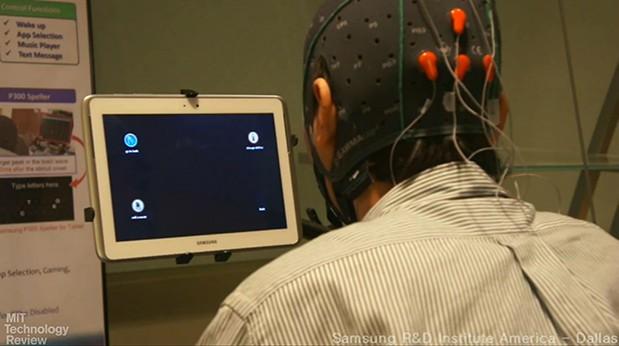 Samsung создает планшет работающей от силы мысли.