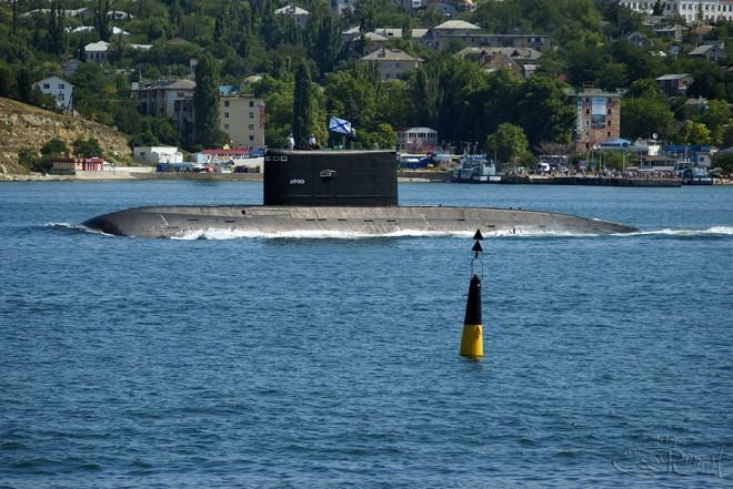 Россия оснастит Вьетнам подводными лодками